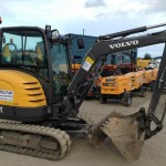 2.7T Excavator Track Length 1550mm Width 1482mm Height 2457mm